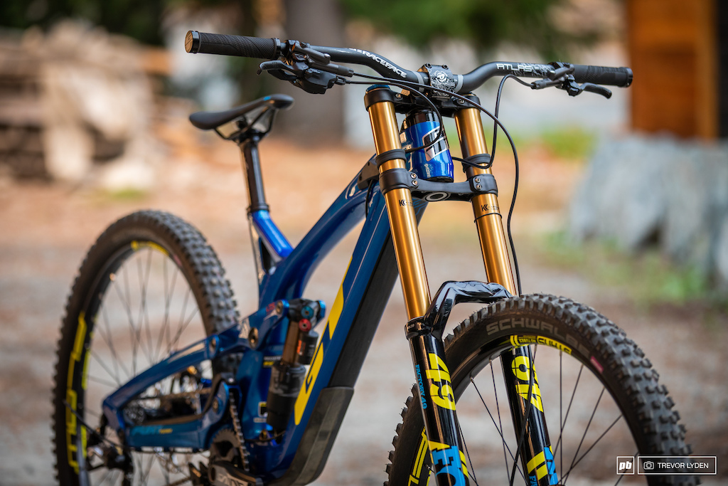 37209fdb61b GT Fury 2019. The resurging popularity of high pivot DH bikes is a ...
