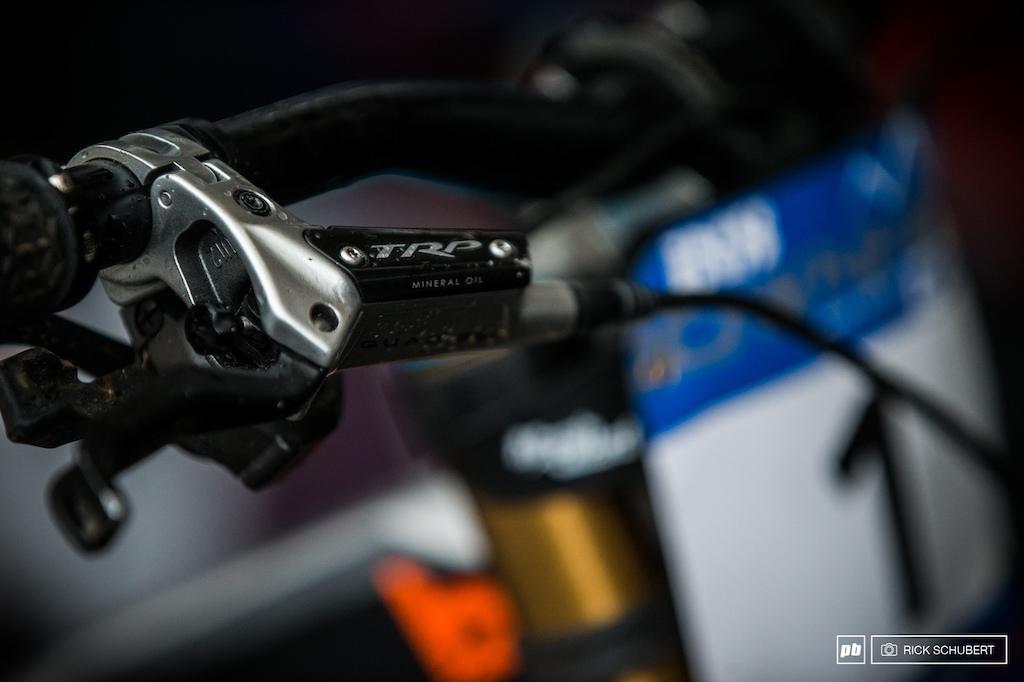 The team uses the TRP Quadiem brakes