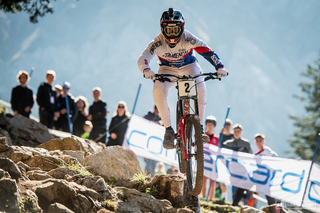 World Cup champ Amaury Pierron was down at the splits before a crash took him out of the running in his final run.