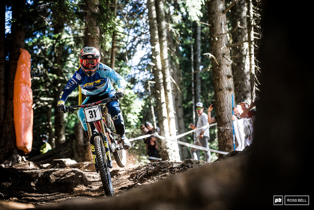 Martin Maes has shook the downhill world with his antics in the last few weeks. The young Belgian was just 2 tenths of the win today. Incredible.