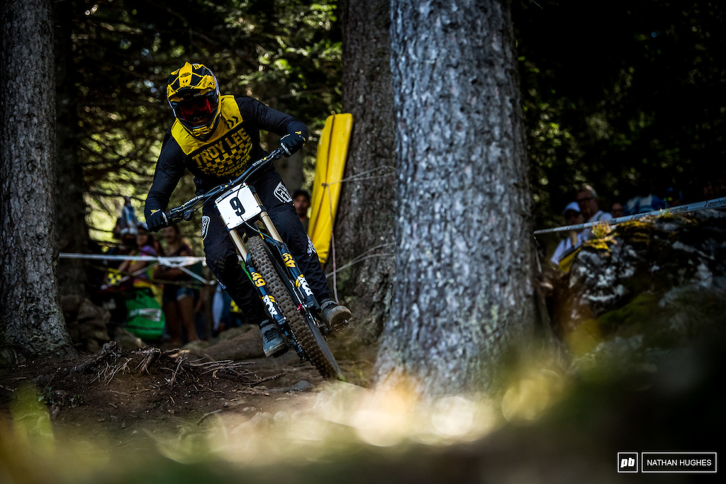Shaw completes a great season with a more than solid 6th place finish at Worlds, just behind fellow countryman, Aaron Gwin.