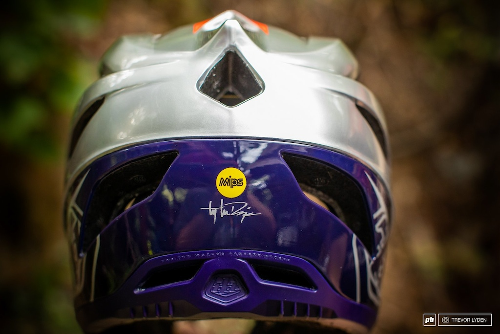 Troy Lee Designs Stage Helmet Review