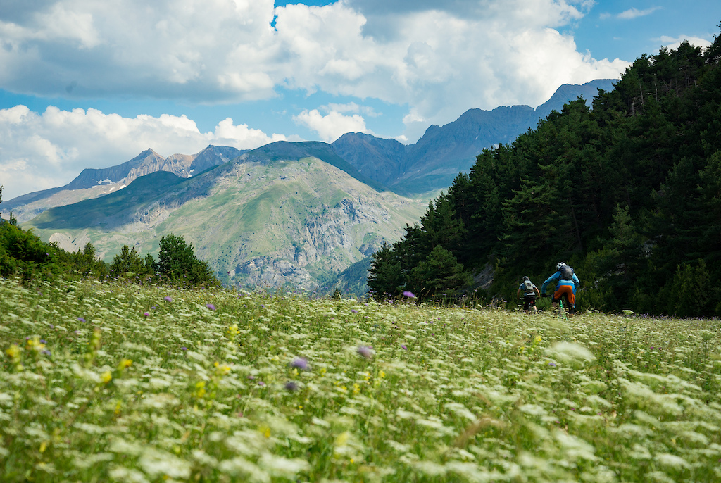 Photo Epic: A Monstrous Pyrenean Refuge Adventure - Pinkbike