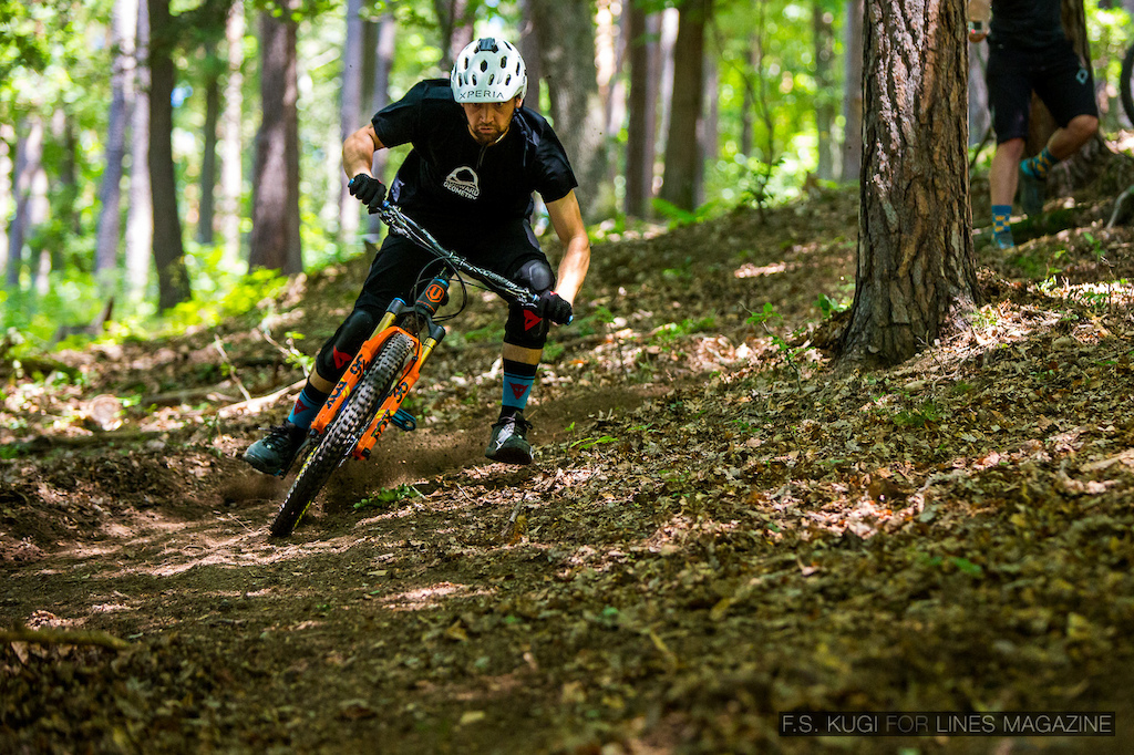 Markus Pekoll joined our Dual Slalom action. Picture is owned by LINES magazine and was shot by F.S. Kugi.