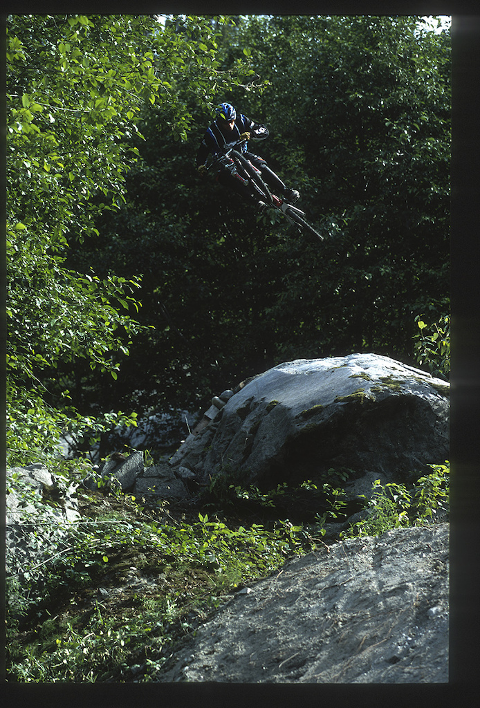 Wade Simmons on Roach clothing, 2001, Ride to the Hills