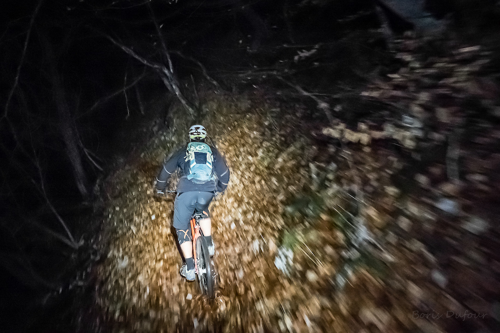 A friend with a hardtail and some headlamps...