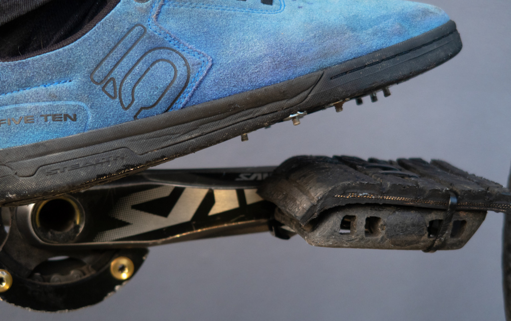 2289ccf7bc3bf4 A Homemade Hack Puts Pins on the Shoes Instead of the Pedals ...