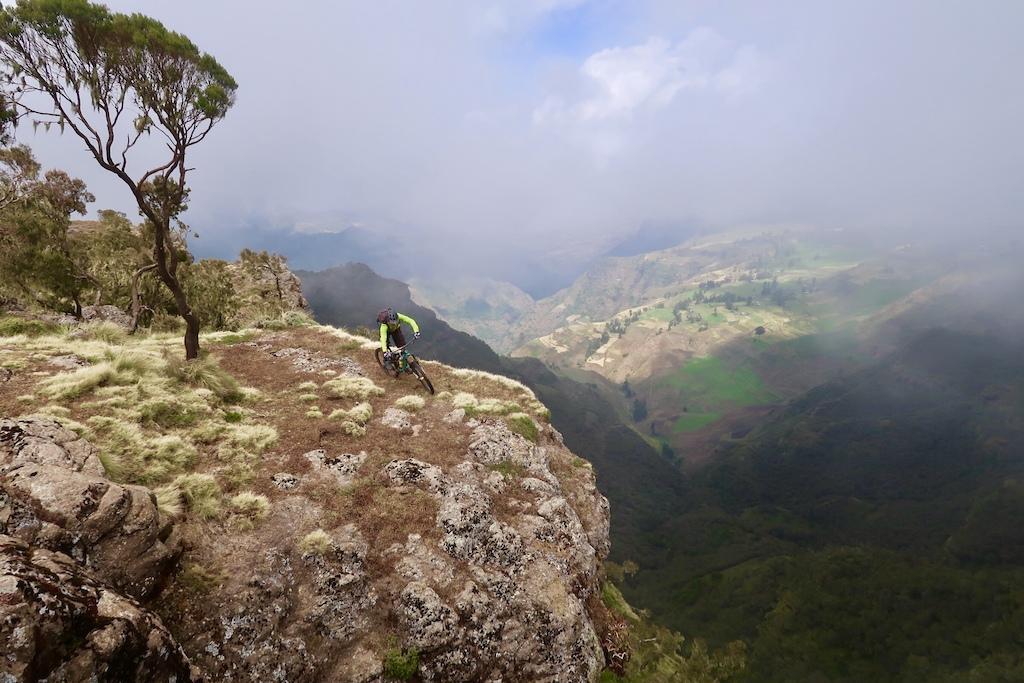 Arriving in Chennek 3600 m