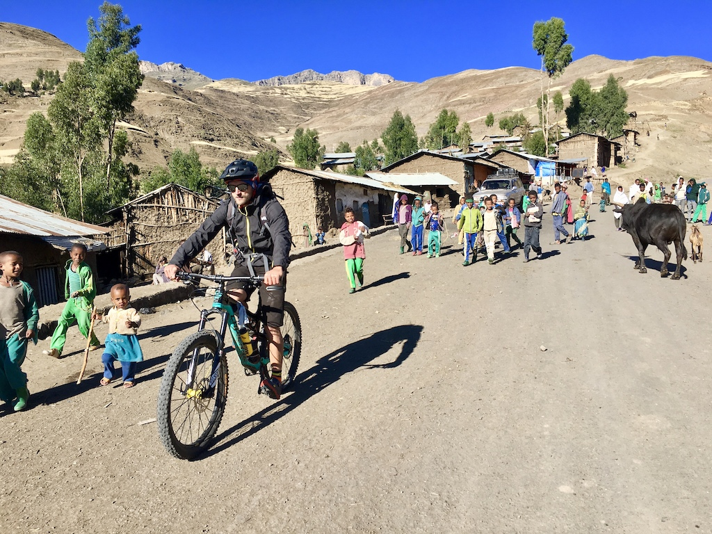 we ride through chiro leba 3100 m before the last big climb to Ras dashen 4543 m