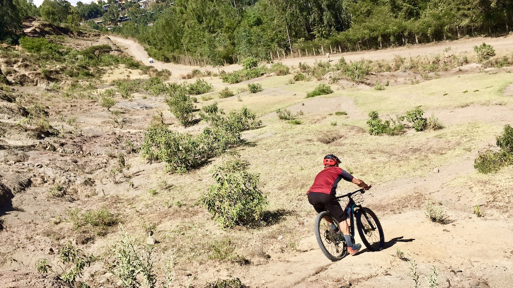 the 16th day, we have a smootth ride on the jumps and trails around Gondar