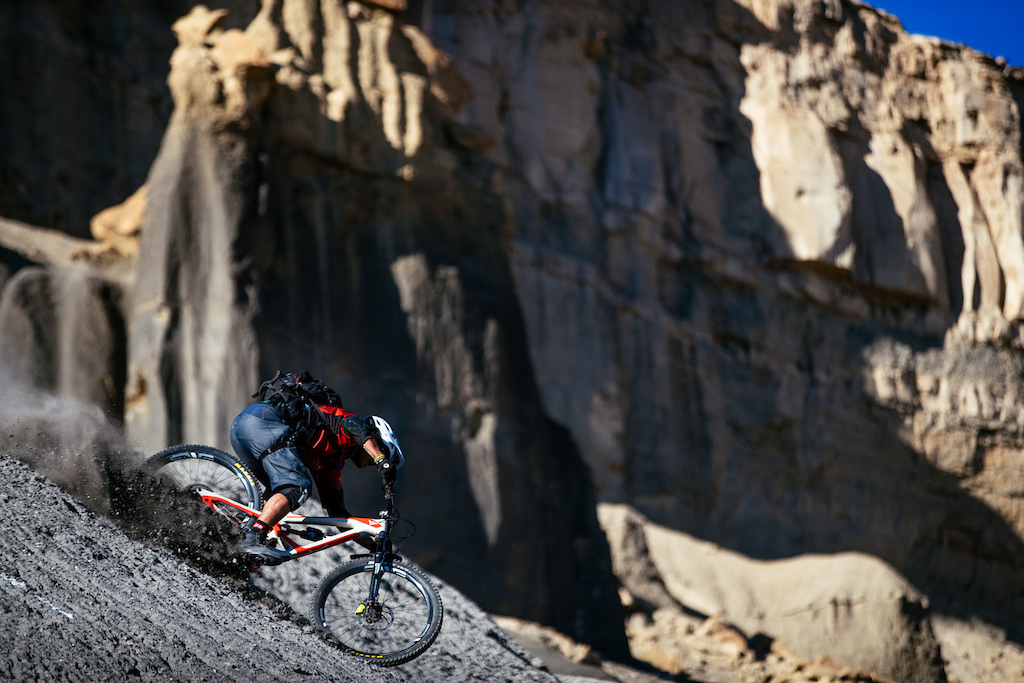 Awesome photo took in Utah. Photos by Ale di Lullo. Found on YT industries blog.