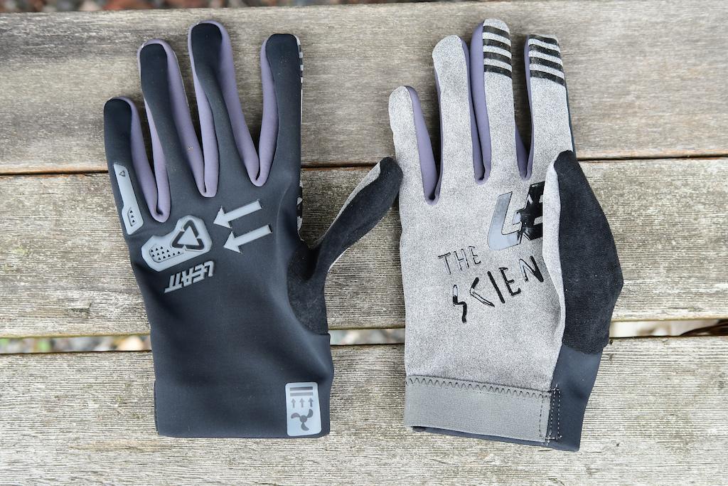 Leatt DBX 2.0 gloves