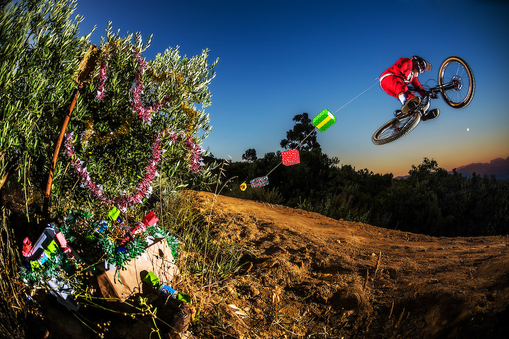 Santa Clauz has been sleighing through the local trails delivering bike parts to all the good kids that have been roosting corners!