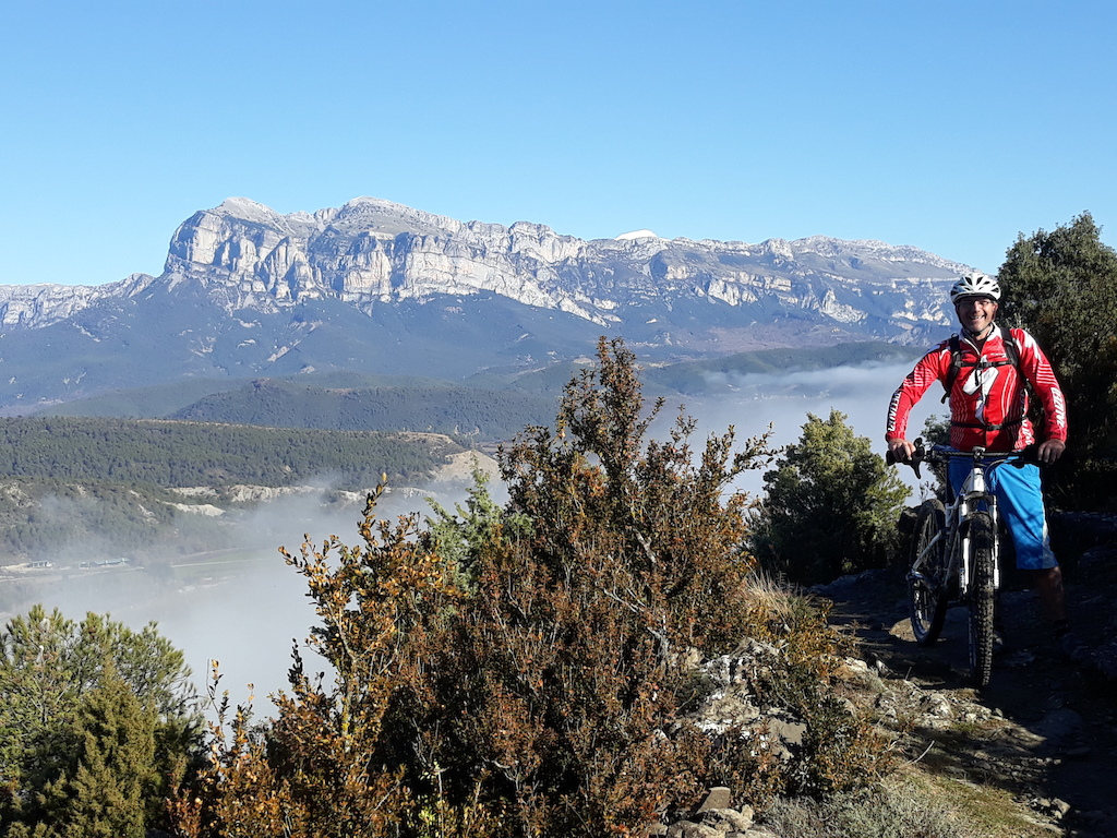 For anyone wondering what the Winter weather is like here where we live in the Spanish Pyrenees - this was taken at lunchtime today on a ride with friends. . . .  #livin' the dream