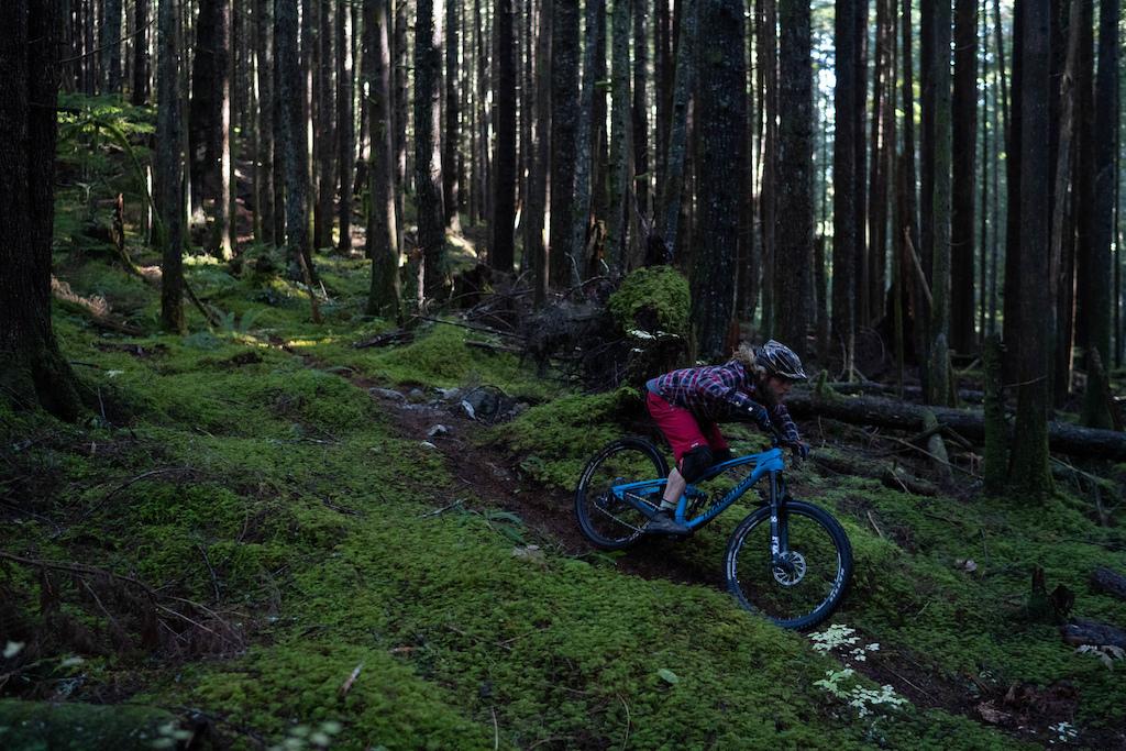 Photo by Skye Schillhammer Rider Kelend Hawks Bike Transition Patrol Carbon