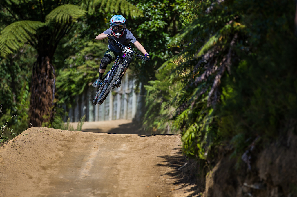 Action from the 2018 Crankworx Rotorua Air Downhill. Credit Fraser Britton Crankworx 2018
