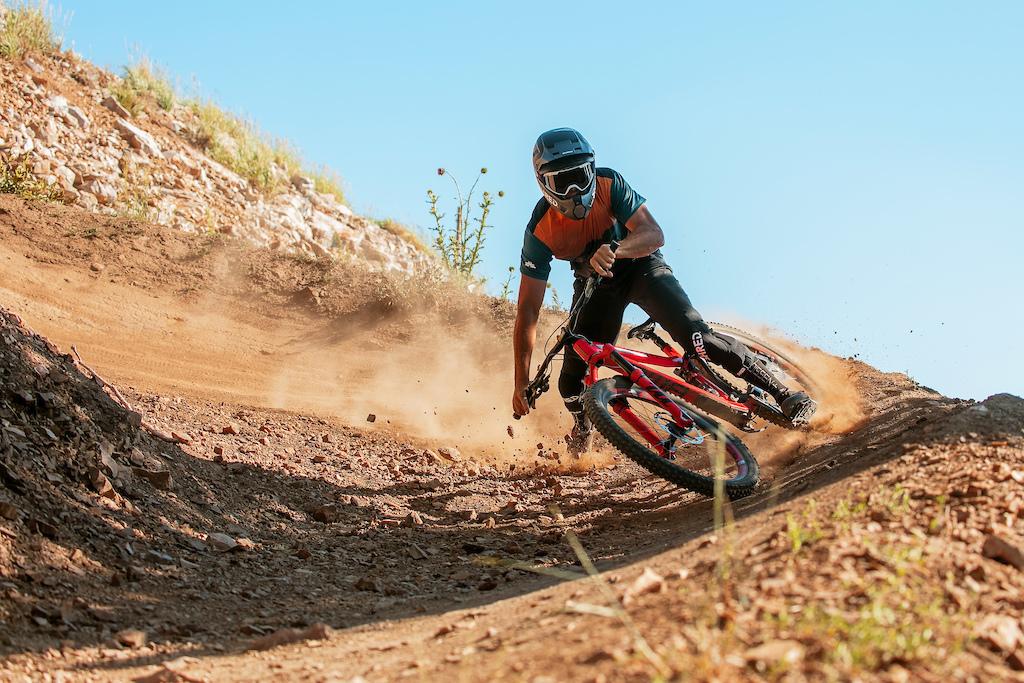 KC Deane riding in Deer Valley.