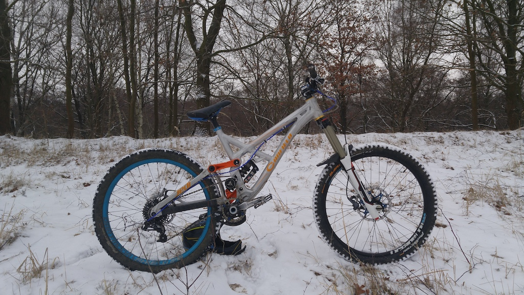 Freeride machine- Canfield jedi frame + Bos idylle sc