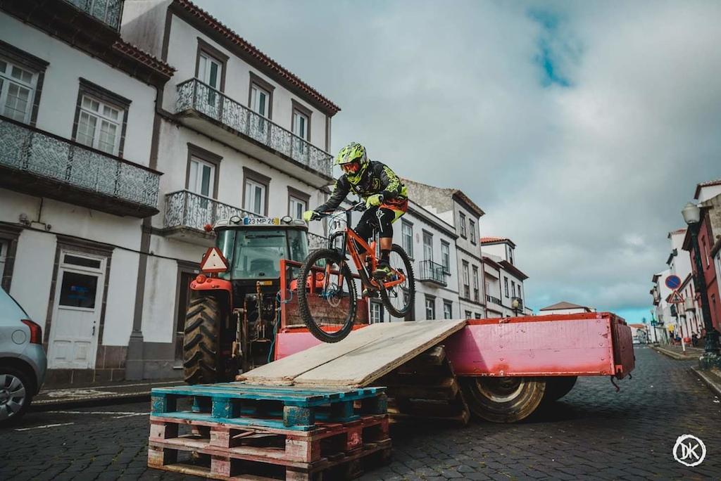 Downhill Urbano 2019 Foto: Derrick Sousa