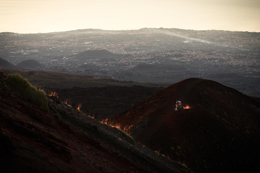 Блог компании Триал-Спорт: Cannondale: Джером Клеменц – «Еще один день в темноте»