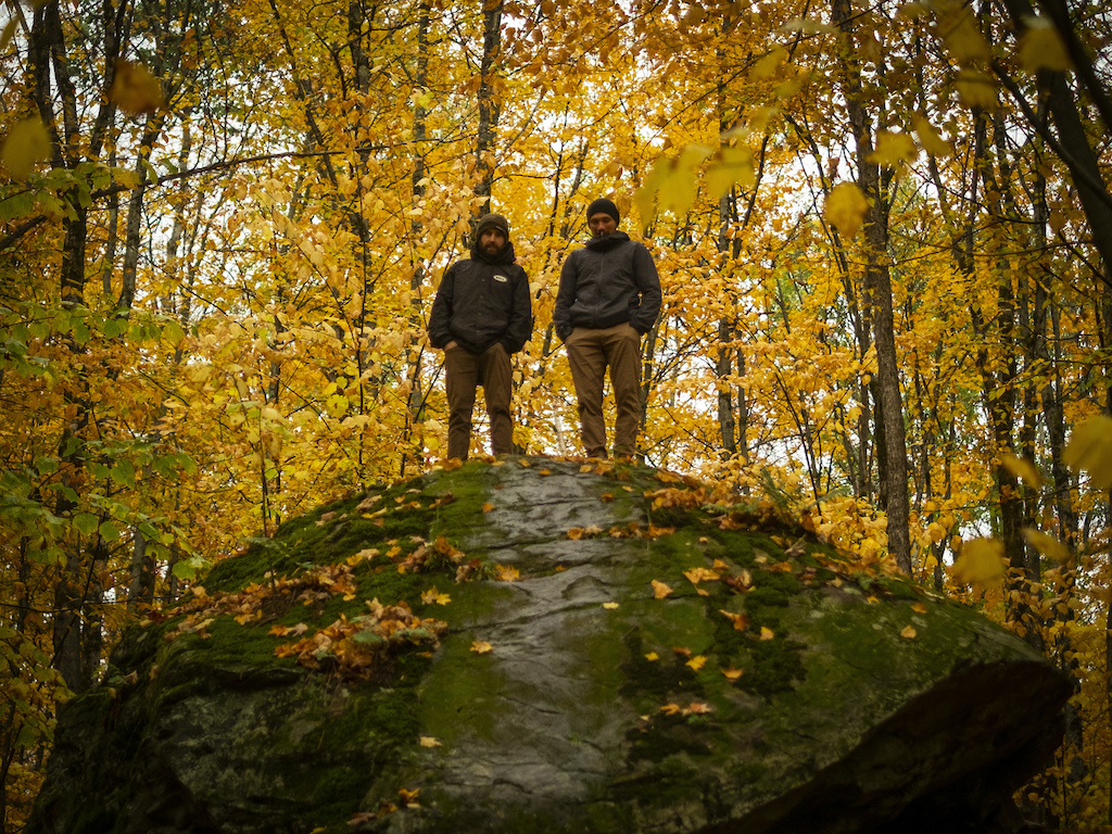 In the Blink Episode 1 - Fall Colours. A behind-the-scenes look at Return to Earth a new feature film from Anthill Films