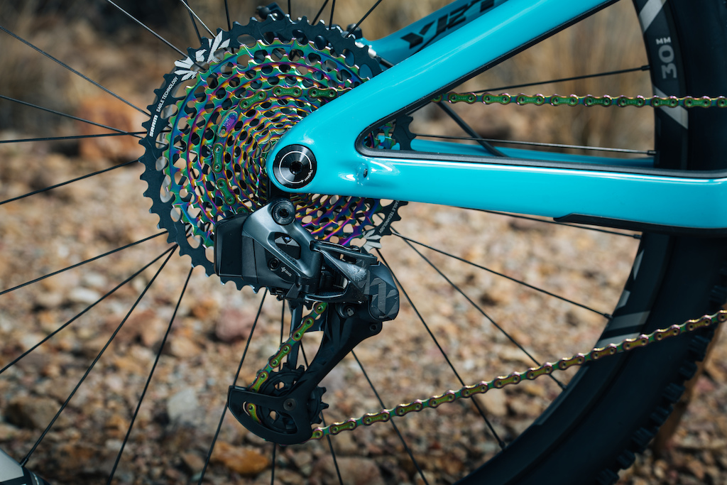 SRAM's Wireless Eagle AXS Drivetrain Explained