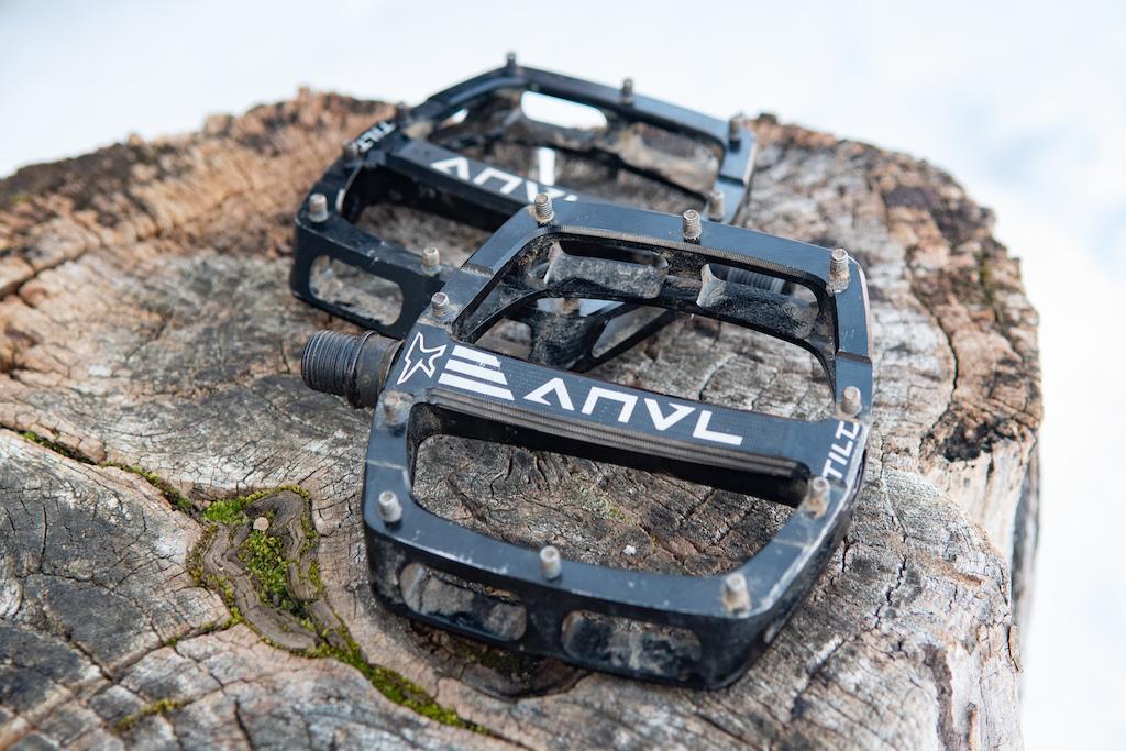 9fe14f01c172 Review  ANVL Tilt Flat Pedals - Pinkbike