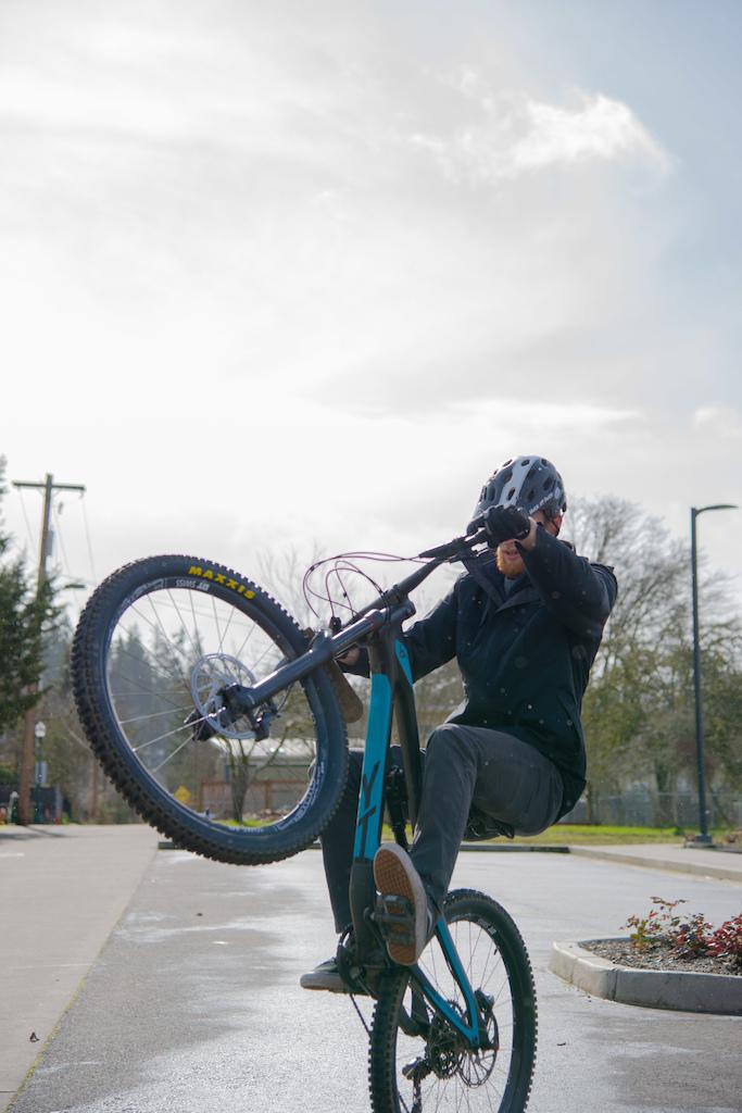 Ryan gettin' his wheelie on