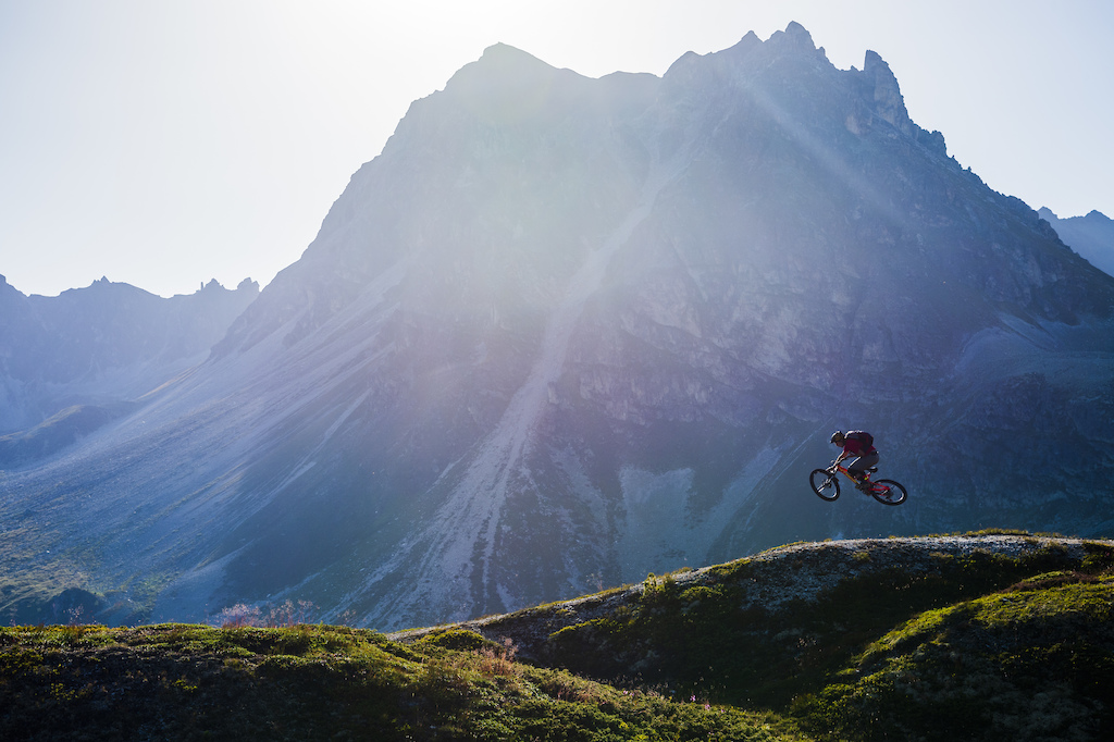 Stephen Matthews mountain biking in Val D Anniviers Switzerland. Photo Mattias Fredriksson.