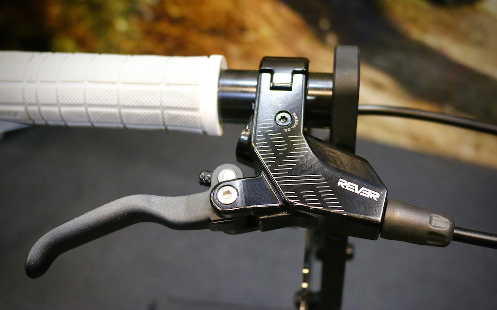 Rever's Attack and Arc Hydraulic Brakes - Taipei Cycle Show 2019