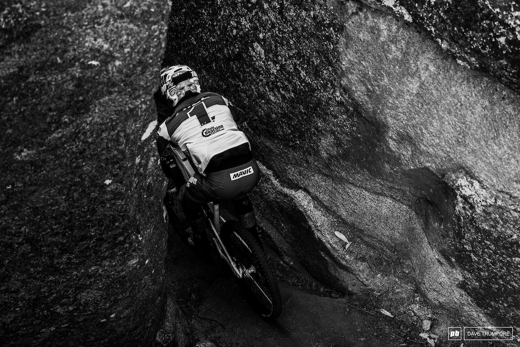 Into the crack and a top 10 for defending champ Sam Hill