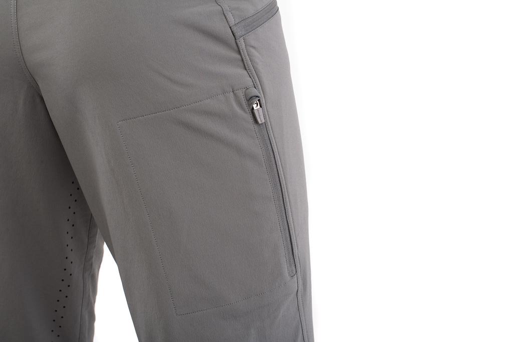 Wpmen s Ambit short pocket