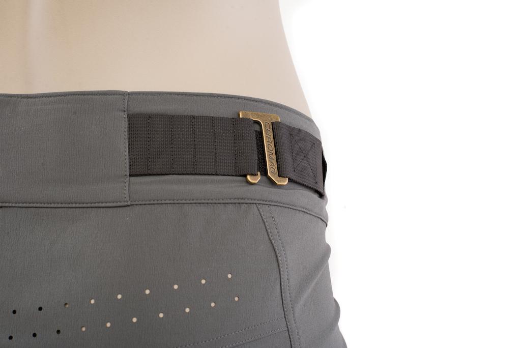 Women s Ambit short waistband detail