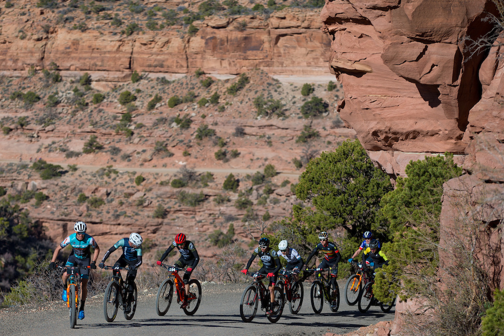 Geoff Kabush leads the group at the top of the climb. He would go on to win Stage 1.