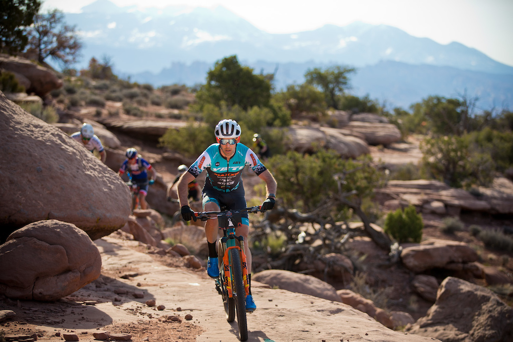 rider rider Geoff Kabush won Stage 3 and the overall Open Men s General Classification of Moab Rocks