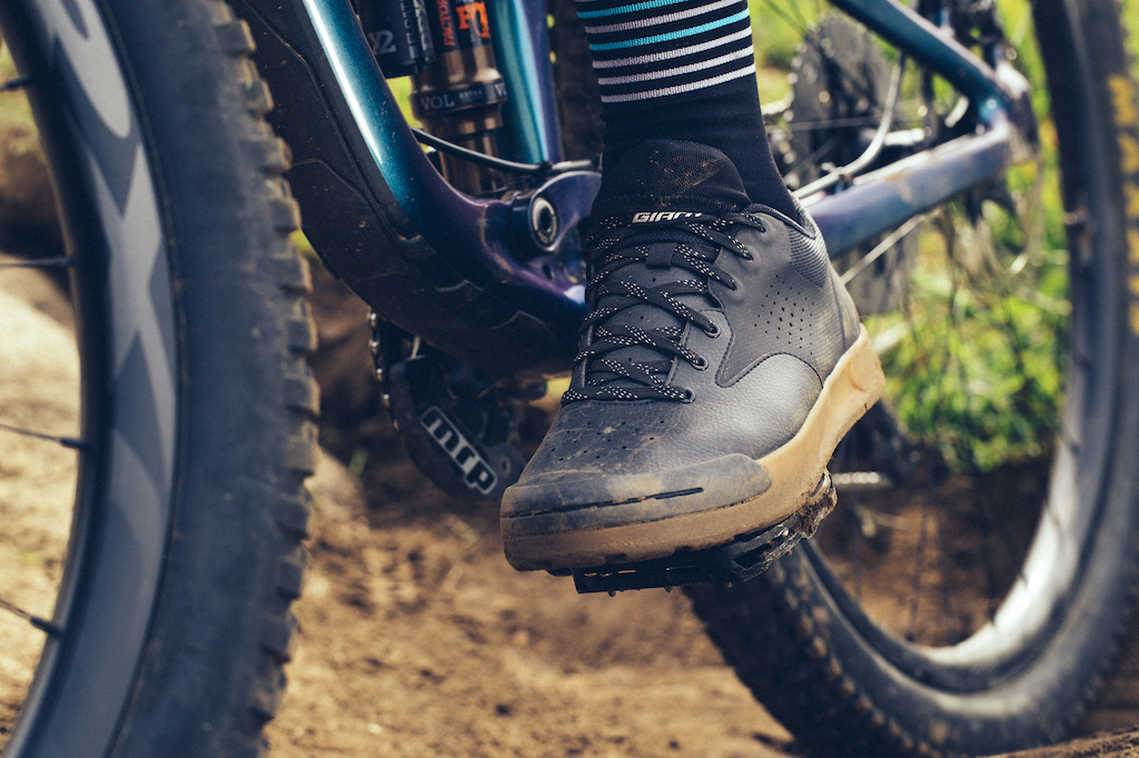 d436de3d5979 Giant s First Flat Pedal Shoe   Updated Footwear Collection - Sea Otter 2019