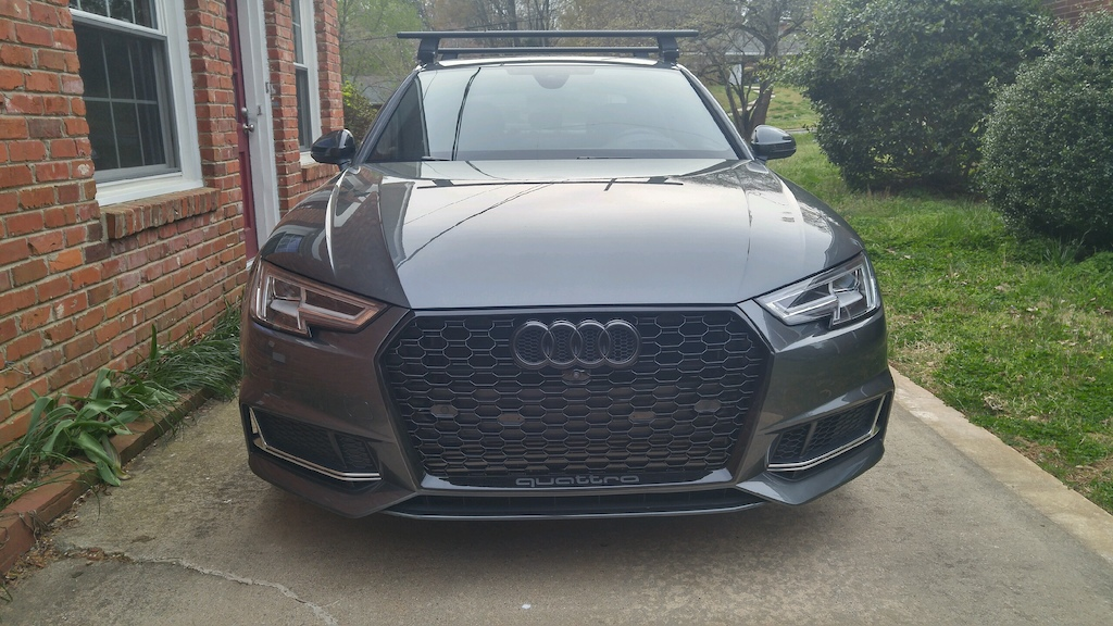 RS4 Style Grill - Front Plate
