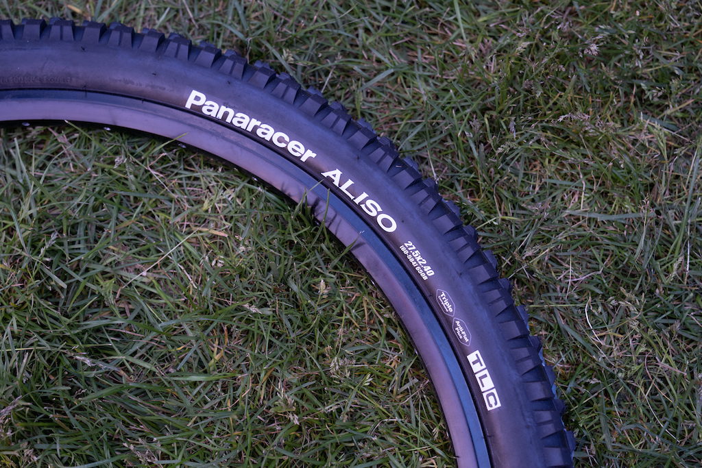 Panaracer Aliso: Designed by Derin Stockton, who also penned the Maxxis' first High Roller, the Aliso is the softer of two high-performance tires the Japanese brand has just released. The Aliso is intended for aggressive riding in loam and wet-conditions.