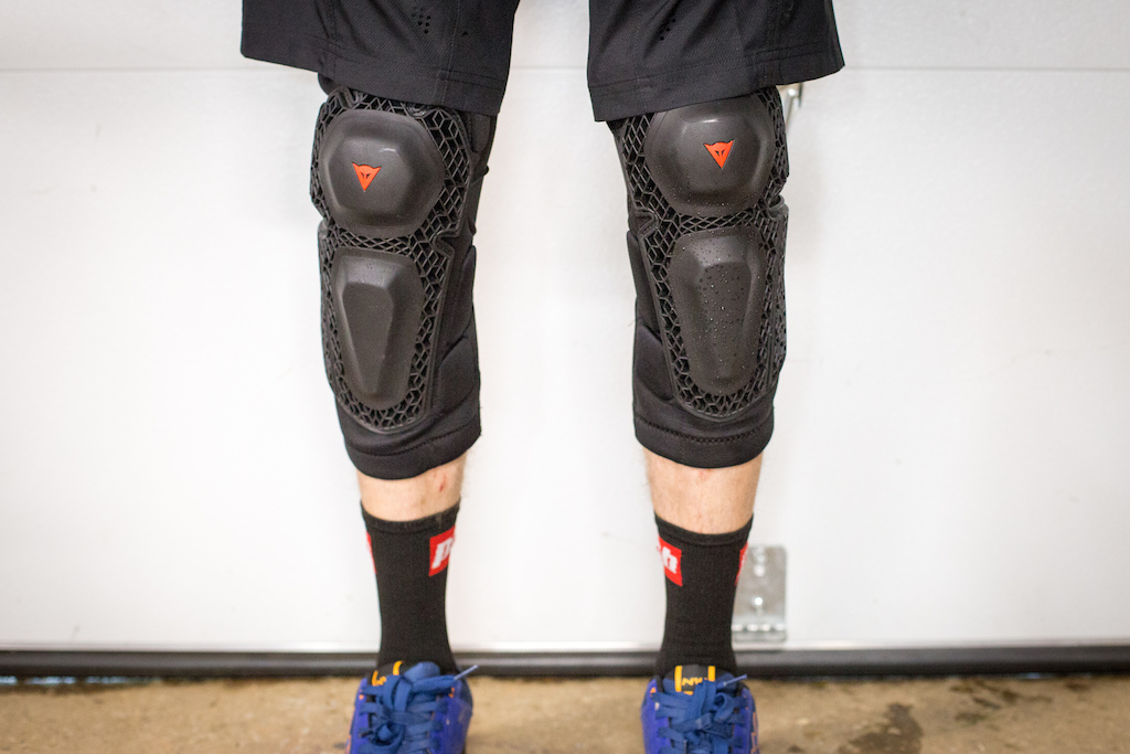 Dainese Enduro Knee updated - V2