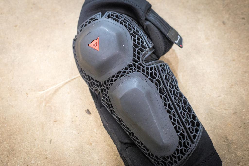 Enduro Knee V2
