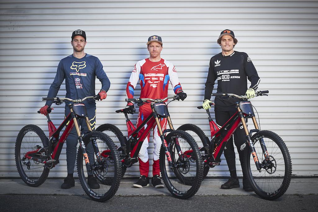 2019 Intense Factory Racing Team