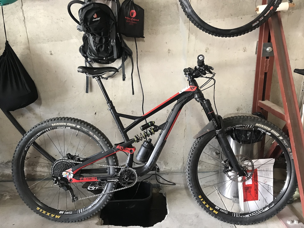 Large 2018 YT Jeffsy 29 ALC w RockShox Pike 150mm DbA DVO Jade 500x2.5