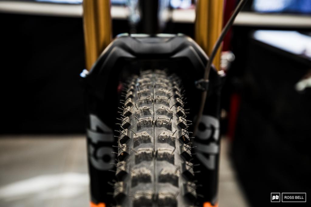 Atherton Bikes / Gee Atherton