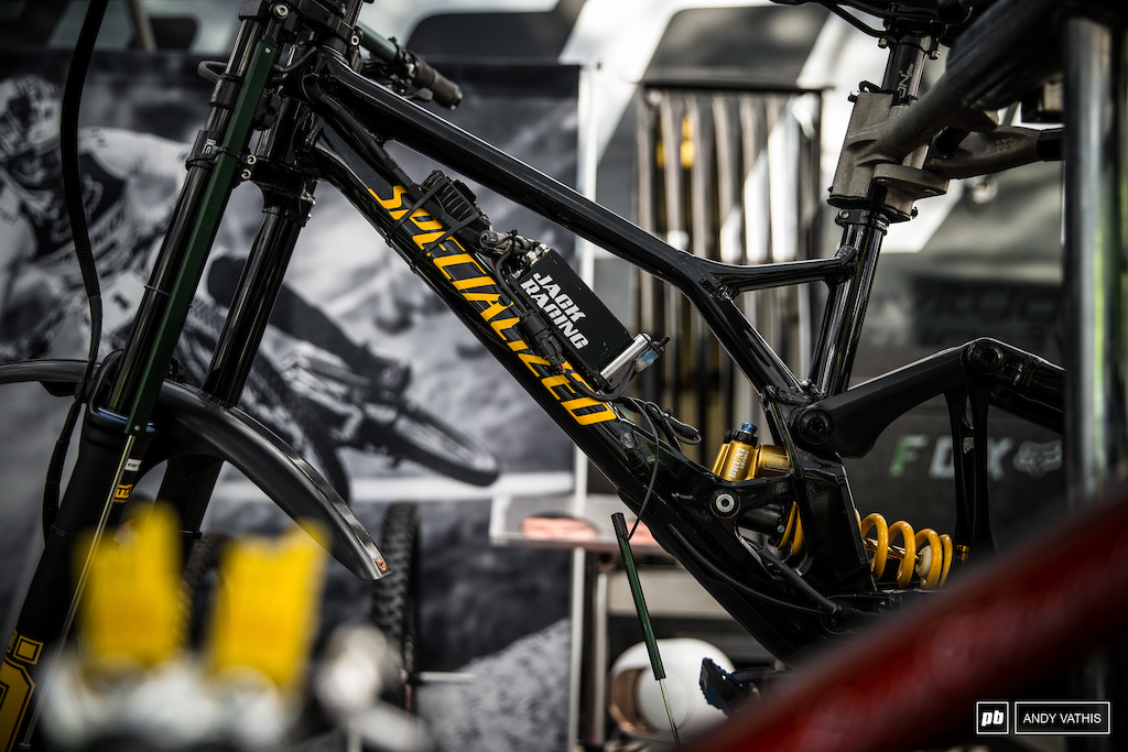Specialized's test bikes fitted with data acquiring wizardry.