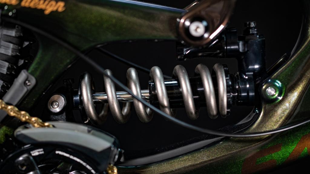 Fast Suspension Holy Grail for rie sel design s Santa Cruz V10 DH Dream MTB Full Carbon Santa