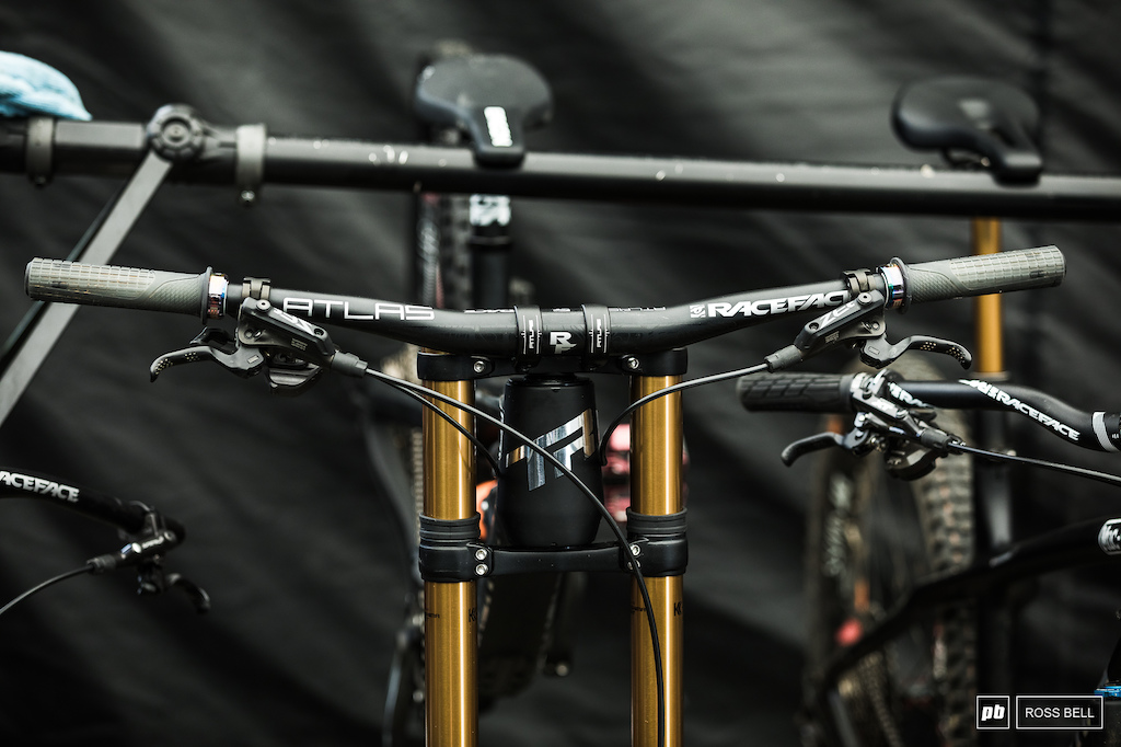 Transition have switched over to RaceFace bars this year.