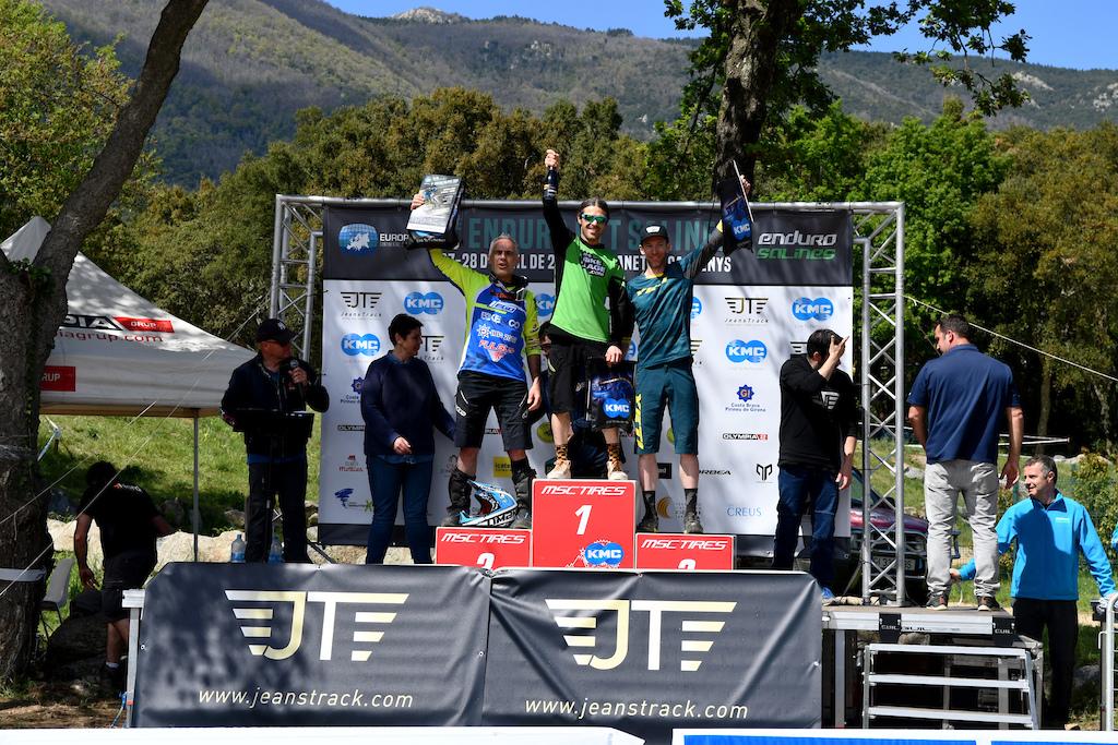 Master40 men podium