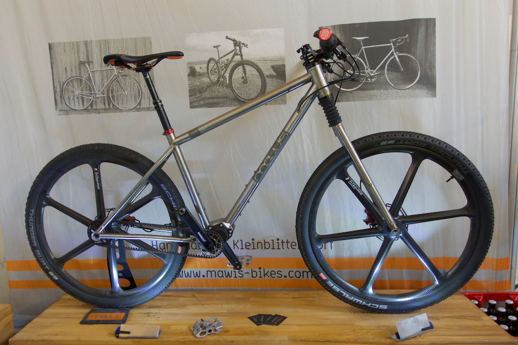 f6911e2f2d3 Germany's Mawis Bikes turned up with this wild titanium hardtail. Up front  is an old Cannondale Fatty fork that has been tinkered with to provide 80mm  of ...