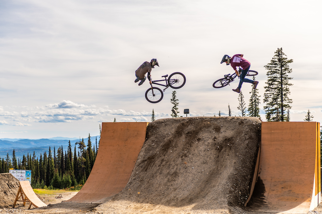 Loft Bike Parks on the quaterpipe-to-bank final feature on the Bronze Slopestyle Course