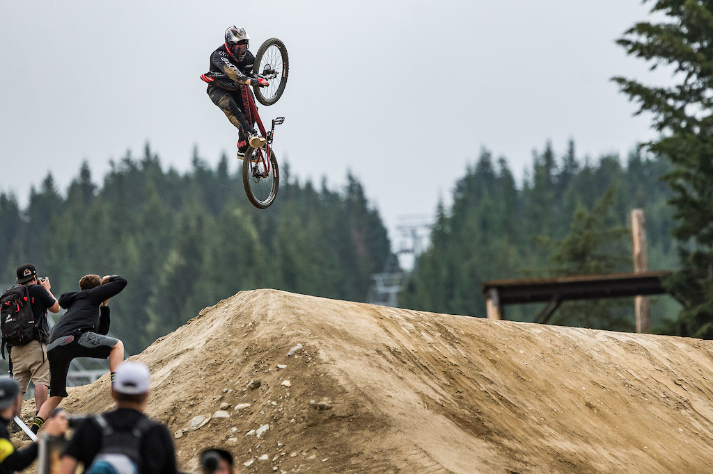 Action from the Clif Dual Speed and Style Presented by MucOff Credit Fraser Britton Crankworx 2018